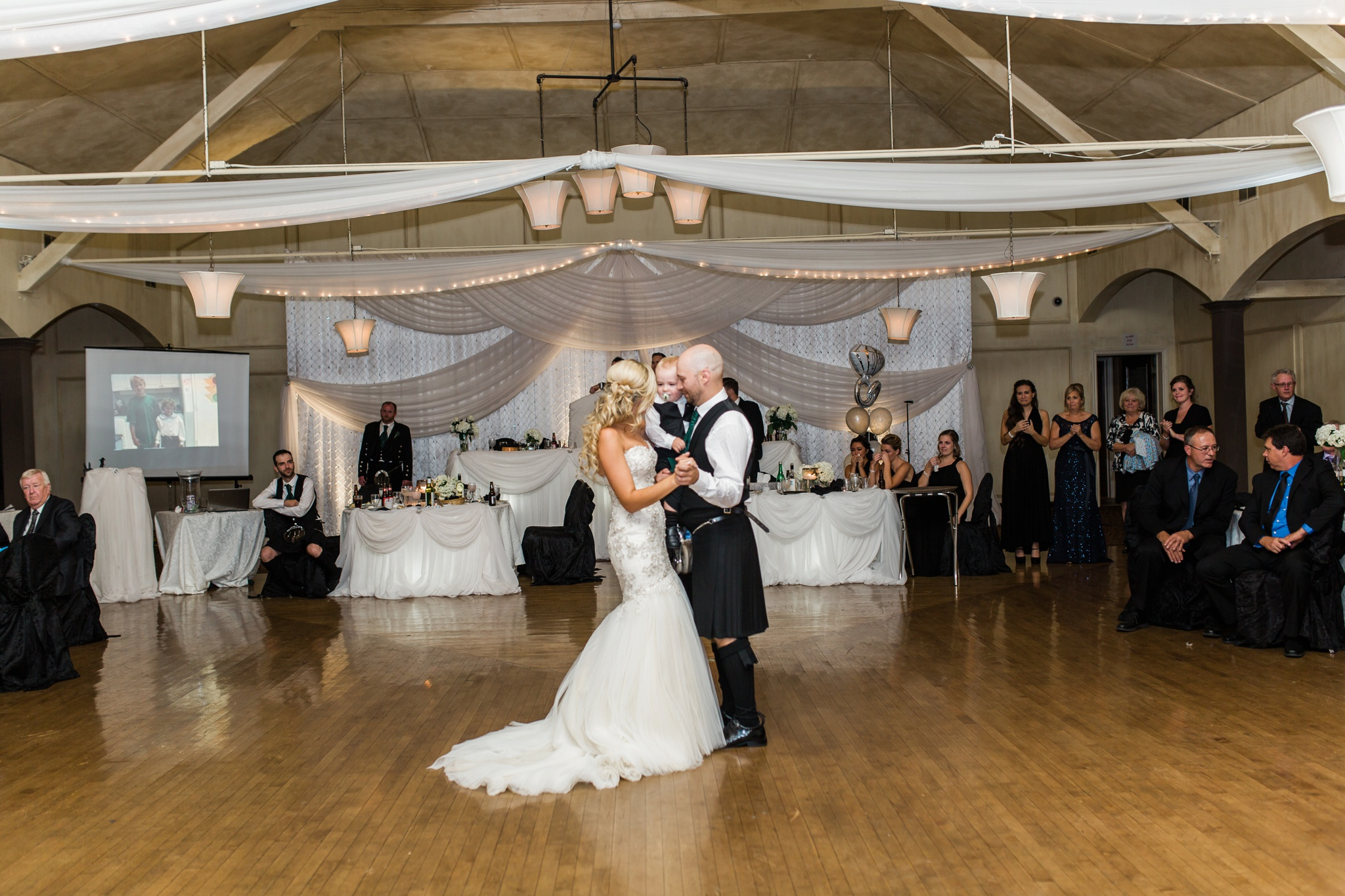 Oshawa Wedding Photographer