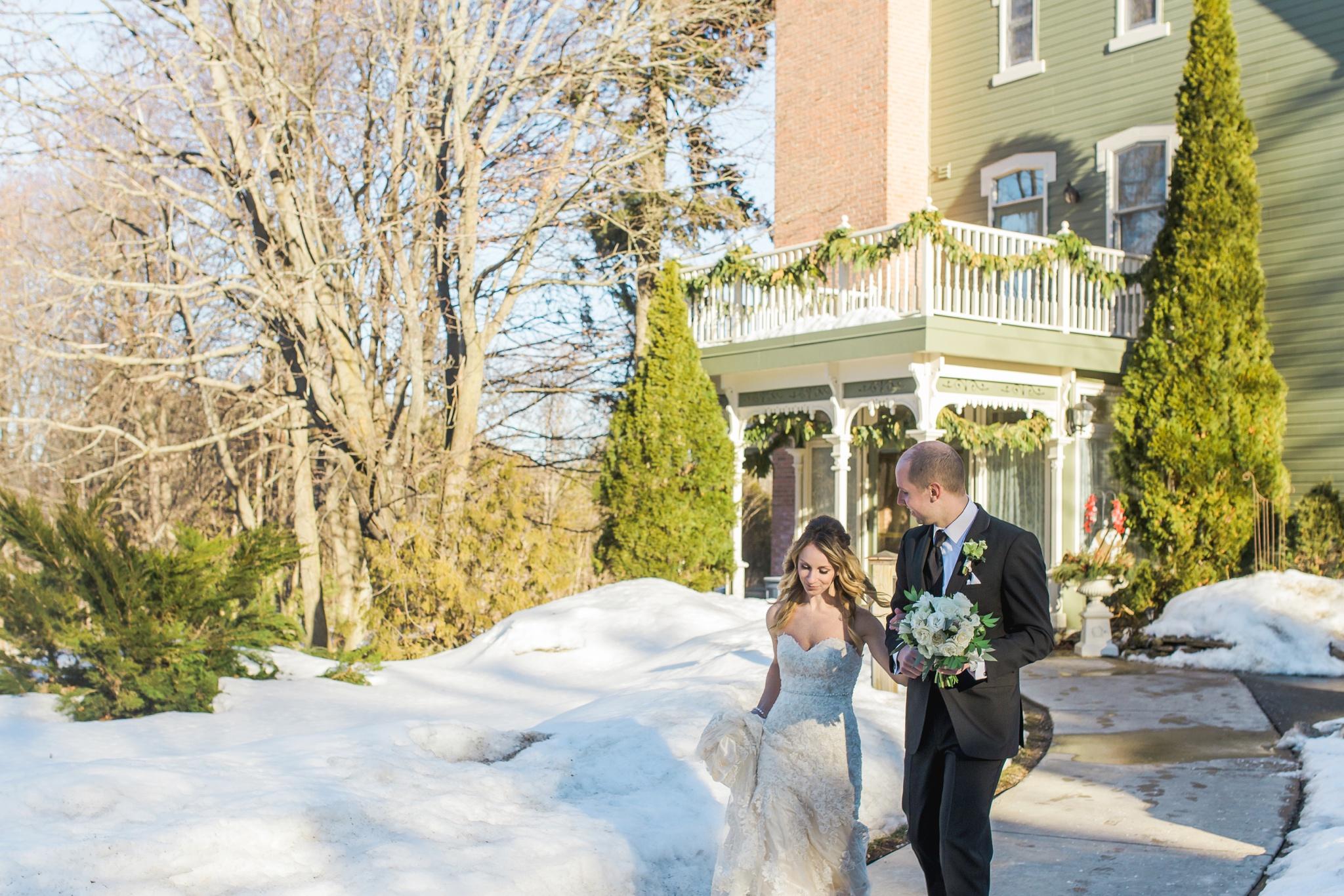 winter wedding, toronto wedding photographer, durham region wedding photographer
