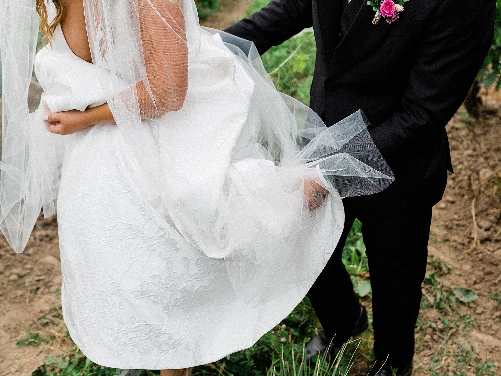 Vineyard Wedding, Toronto Wedding Photographer, Durham Region Wedding Photographer